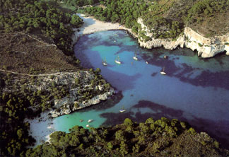 Menorca hotels, resorts & accommodations